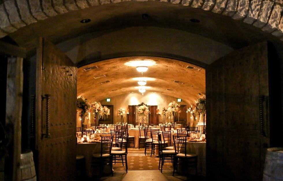 ev-wine-cave-004